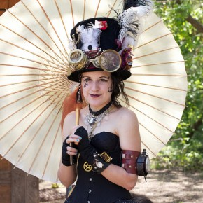 Steampunk Lady by Global Reset (Flickr)